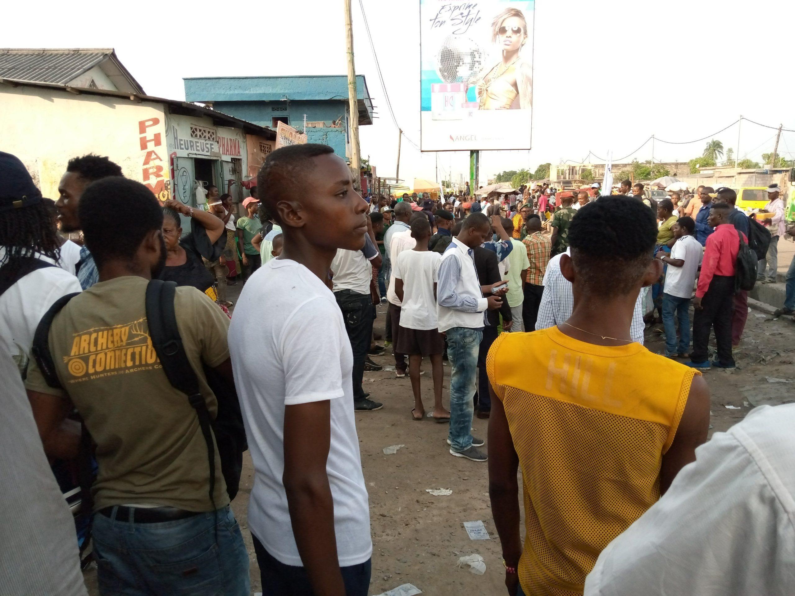Urgent : Des partisans de Lamuka à la prison Centrale de Makala pour accueillir Mike Mukebayi! 1