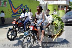Taxis-motos à Kinshasa: Les femmes expriment leurs désarrois! 1