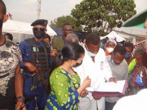 Kinshasa : l'honorable députée Liza Nembalemba remercie le gouverneur de Kinshasa pour avoir réagi favorablement aux cris d'alarmes de la population de Selembao 3