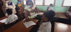 Sud-Kivu : Geneviève Kizumbi, ministre provincial de l'éducation lance les épreuves de hors-session de l'examen d'État édition 2019-2020 3