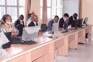 Sud-Kivu : Théo Kasi Ngwabidje préside la réunion de la synergie pour la réhabilitation de RN2 Mwenga 2