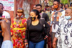 Kinshasa : la députée Liza Nembalemba procéde à l'installation de bureau dans le 18 quartiers de Selembao 5