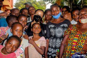 Kinshasa : la députée Liza Nembalemba procéde à l'installation de bureau dans le 18 quartiers de Selembao 4