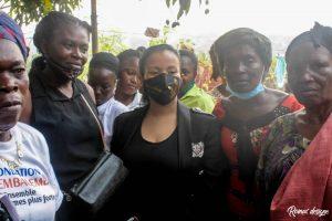 Kinshasa : la députée Liza Nembalemba procéde à l'installation de bureau dans le 18 quartiers de Selembao 2
