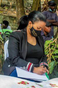 Kin-Bopeto: La Fondation Liza Nembalemba sur terrain 3